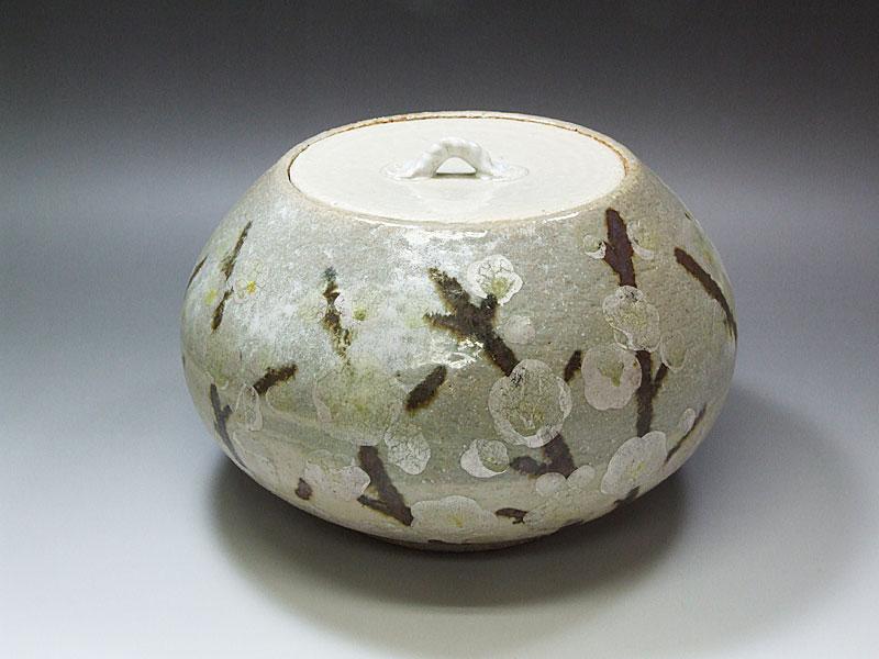 九谷焼【美山富】作梅紋水指